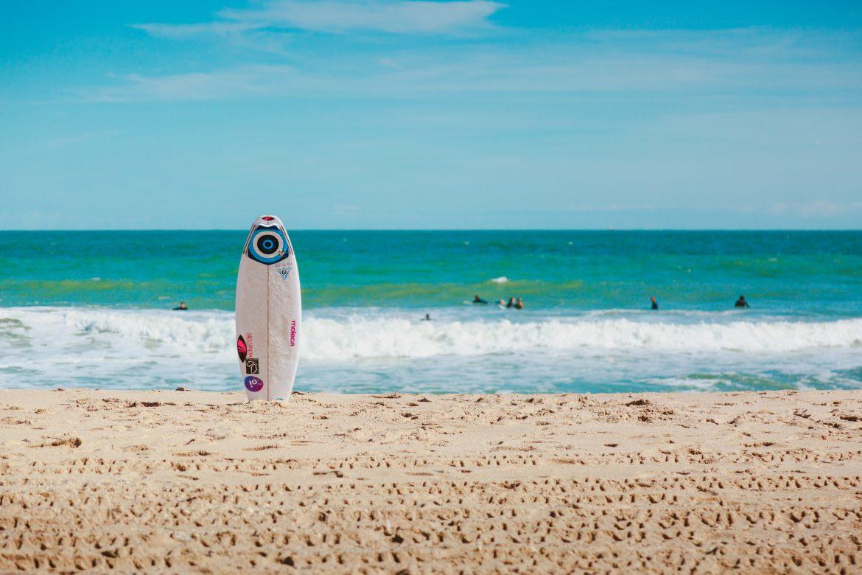Doit-on surfer sur nos menstruations ?